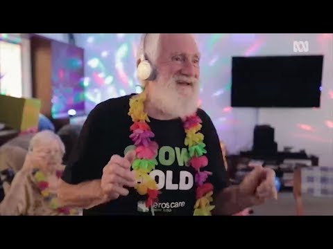 Aged Care Silent Disco for dementia therapy