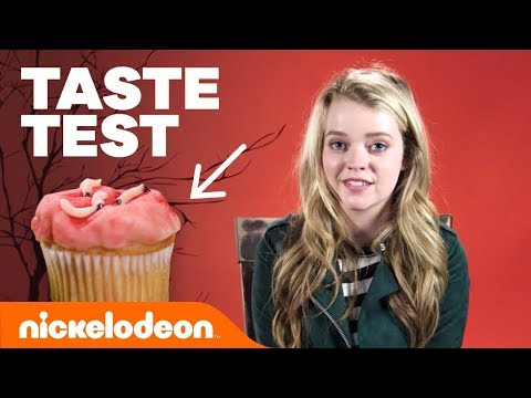 🐛 Jade Pettyjohn, Ricardo Hurtado & More Try 'Haunted Halloween Taste Test' 🎃  | Nick