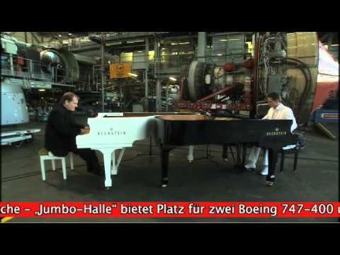 David & Götz - Die Showpianisten zu Besuch bei Lufthansa Technik