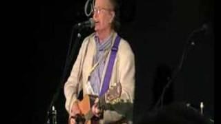 John Stewart singing Daydream Believer, FC8 2007