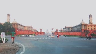Driving Around Central Secretariat (Rashtrapati Bhavan & Parliament) - New Delhi, India