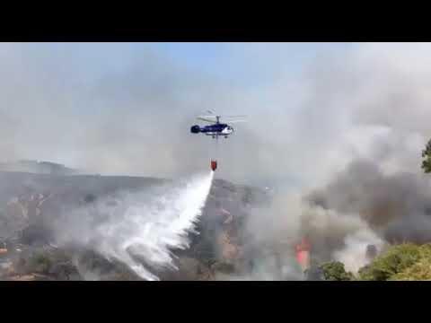 Los medios aéreos del Ministerio ya combaten el incendio de García Aldave