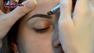 Коррекция бровей /// Eyebrow shaping