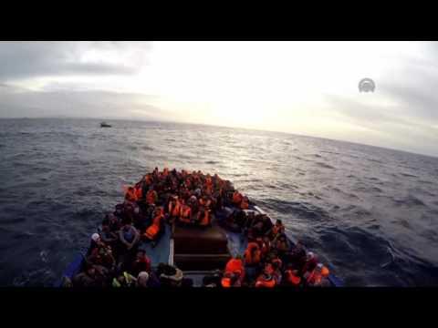 Turkish coast guard rescues 204 refugees in Aegean Sea