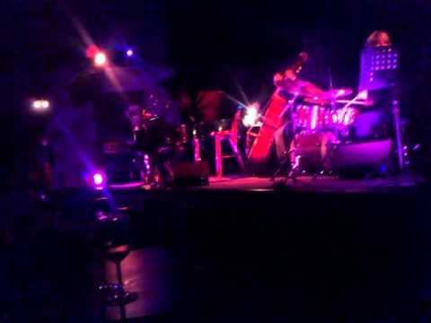Kálmán Oláh Trio feat. Tim Ries & Tony Lakatos - Like Someone In Love (Live)