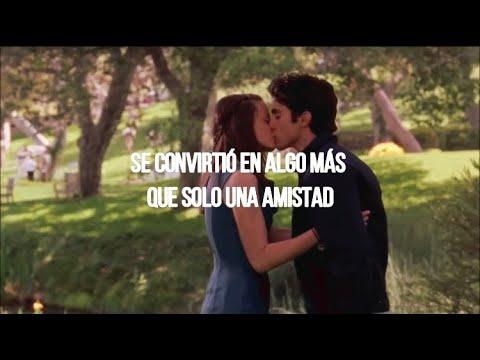 Rory// Camila Cabello; Bad Kind Of Butterflies; Español