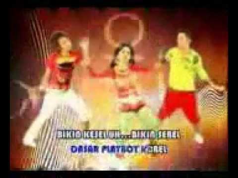 Kiki anggun, Playboi Gatel!!!