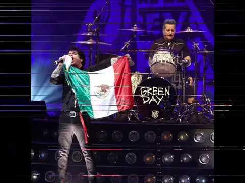 corona capital 2017 bandera de mexico