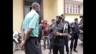 Visite de MUTOMBO DIKEMBE au Commissariat Provincial de Kinshasa
