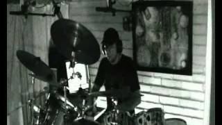 Maukka Perusjätkä - Herneenpalot (Drum Cover)