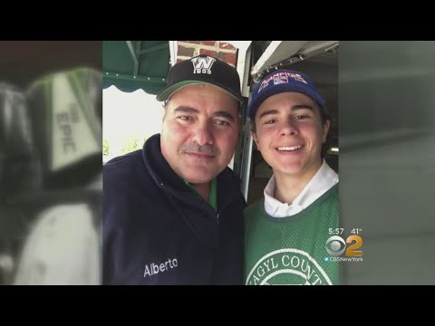 New Rochelle Golf Caddie Receives Full Ride To College