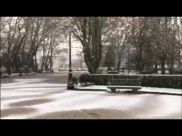 Amanecer nevado desde tres puntos de la ciudad de Lugo