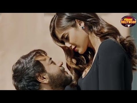 'Baadshaho' Makers Chop Down Steamy Scene To Avoid CBFC's Wrath | Bollywood News