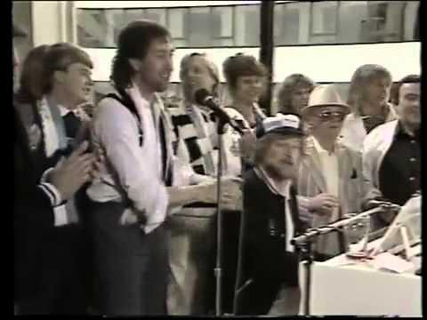 Chas & Dave - Medley: Ossie's Dream - Hot Shot Totttenham