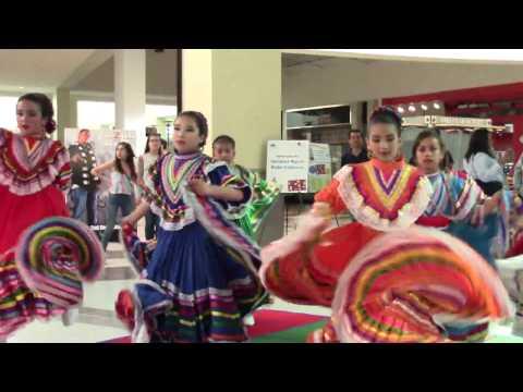 "Hendrick Ranch Elementary School  Kids'  ""Ballet Flklorico""  Performance (JALISCO).."