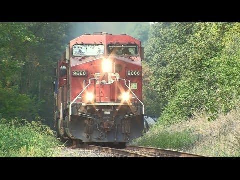 CP 9666 East, Unit Ethanol Train on 9-17-2012