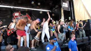 Andrew W.K. - Party Hard [Van's Warped Tour (Oregon) 2010]