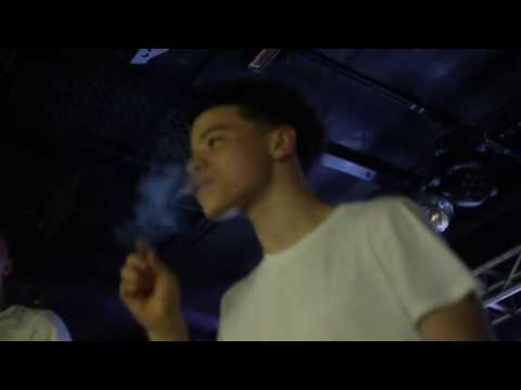 """Lil Mosey Performs """"Pull Up"""" (Live In Boston, MA With SmokePurpp)"""