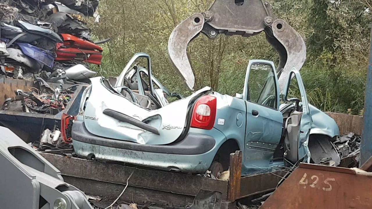 cars crushed on the car scrapyard with djlau1 - YouTube