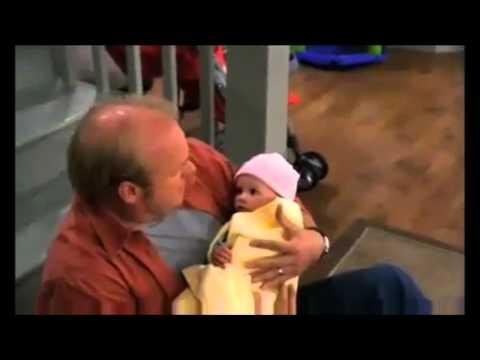 A Bob se le caen Charlie y Toby