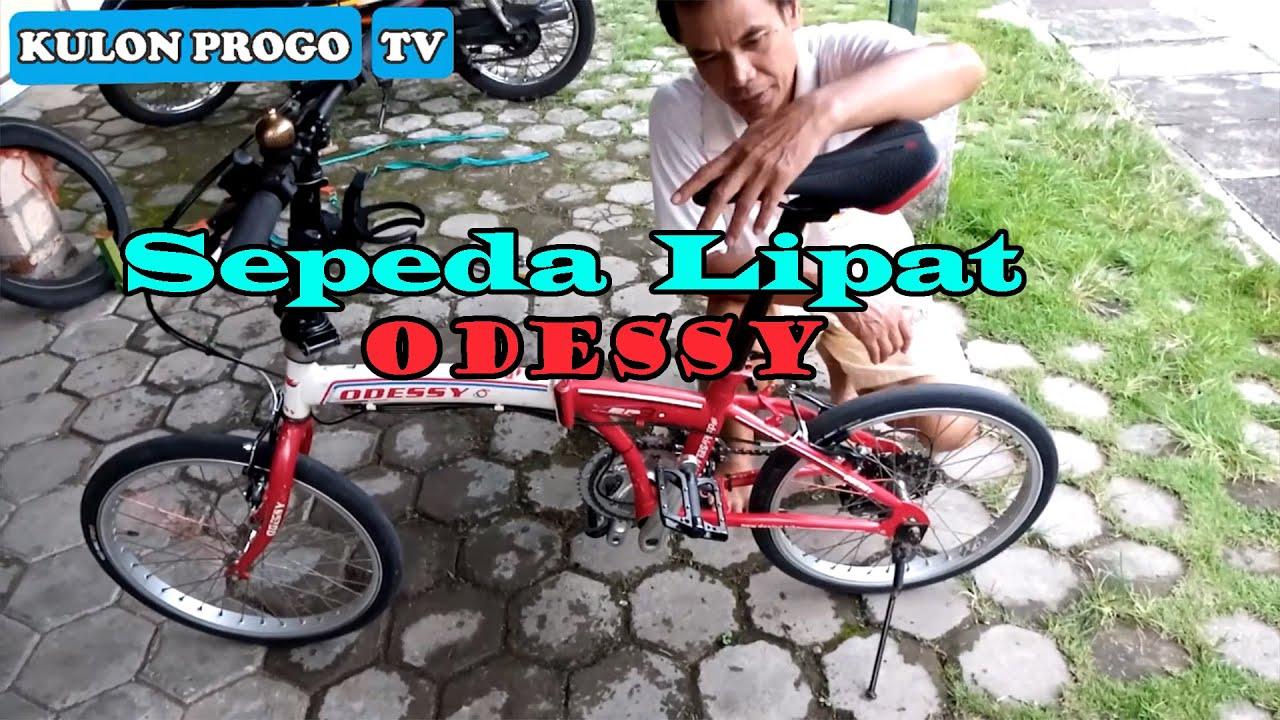 Sepeda Lipat Odessy Warna Merah Putih Ukuran 20 Inch 7 Speed V Brake Youtube