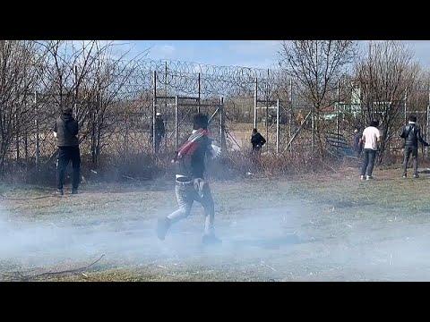 Türkiye - Yunanistan sınırında göçmelere gazlı müdahele