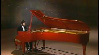 Vladimir Bakk plays Liszt Hungarian Rhapsody 6 & Petrarch Sonnet 104 - video 1983