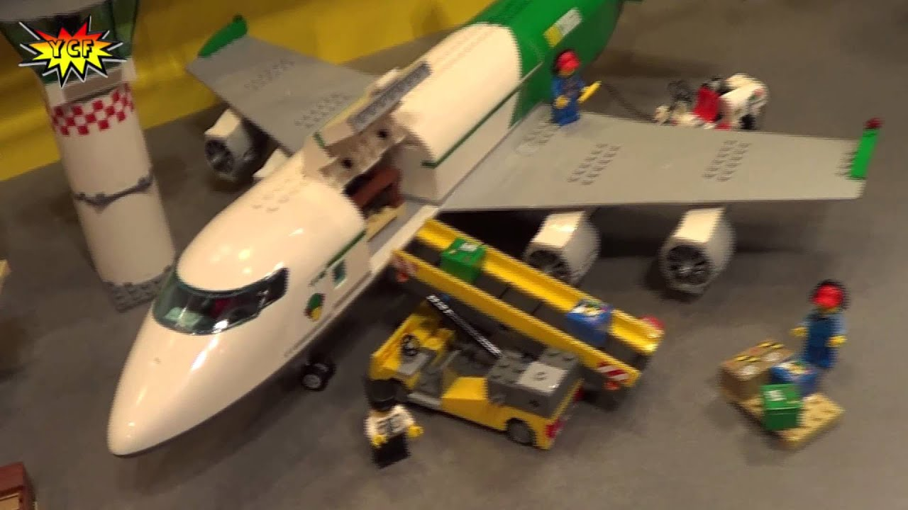 LEGO CITY Cargo Terminal 60022 Preview 2013 NY Toy Fair ...