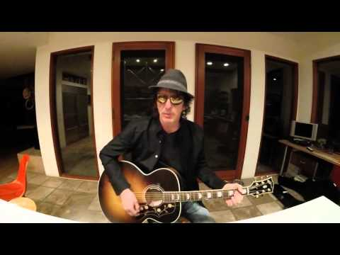 Izzy Stradlin – Stuck In The Middle With You – by Stealers Wheel