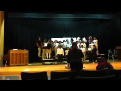 Moylan school in chorus!!
