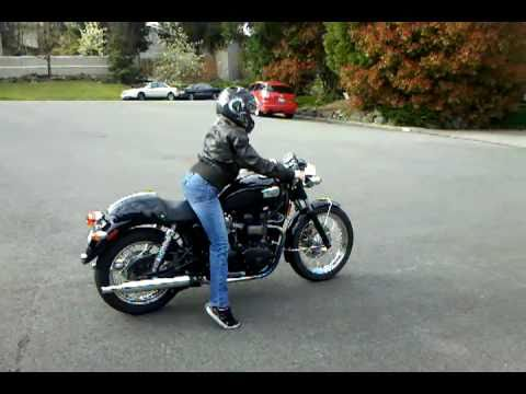 First time ride on 2004 triumph bonneville black