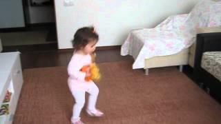 راقصة ليبية من مصراتة حلوة جدا ----  A very beautiful Libyan dancer girl