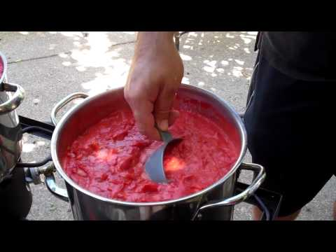 Quick & Easy Canning Of Tomato Sauce