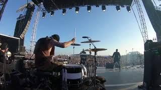 Download Travis Barker Menggila !!