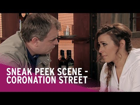 Coronation Street Spoilers: Steve Kisses Michelle - and Robert Sees | Watch the Scene!