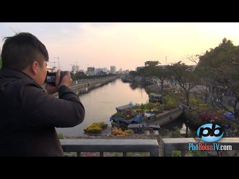 Phóng sự qua đêm cuối năm cận Tết ở Bến Bình Đông, quận 8, Sài Gòn