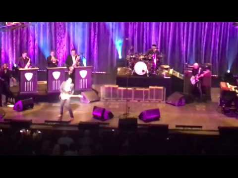 Joe Bonamassa~Love Ain't A Love Song~at The Dolby Theater In LA 12/17/16