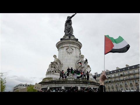 شاهد: توترات في باريس مع إصرار محتجين مؤيدين لفلسطين على تظاهرة حظرتها الشرطة…  - نشر قبل 10 ساعة