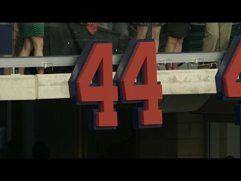 SD@ATL: Braves unveil retired numbers at new ballpark
