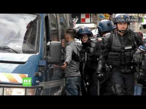 France : affrontements entre policiers et Gilets jaunes à Lyon