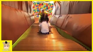Indoor Playground Learn Kids Colors Color Ball Rainbow for Play Fun Slide Family | MariAndKids Toys