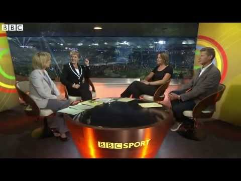 Glasgow 2014: Clare Balding and Katherine Grainger bop to Kylie Minogue
