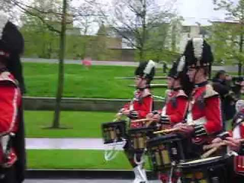 4 Scots March out of Holyrood Palace