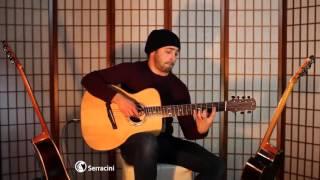 Парень супер круто играет на гитаре =)
