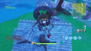 Live fortnite gamplay and talking new games