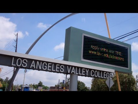 Los Angeles Valley College vlog, Part 1 (8/15/17)