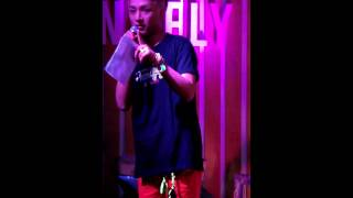 [HD FANCAM] 130330 LUNAFLY (Yun focus) covers Malay song Bila Terasa Rindu