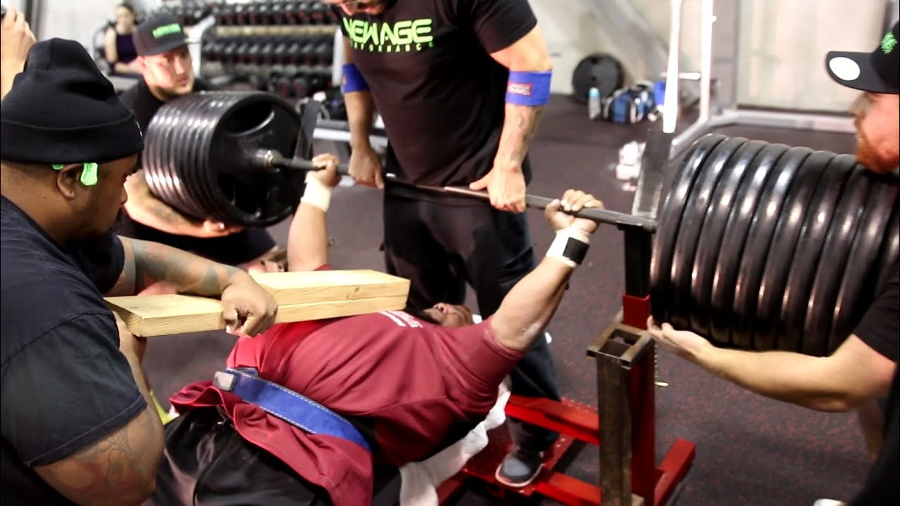 920 Pound Bench Press Youtube