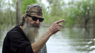 Phil Robertson Surprised These Thieves at Gunpoint and Did the Last Thing They'd Ever Expect