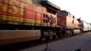 Extreme Close Up Train Recording - Nov 13 2011